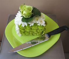 A piece of cake - Birthday Flowers   Academy Florists