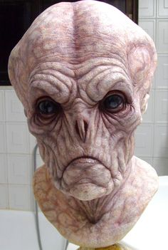 Creature Spot - The Spot for Creature Art, Artists and Fans. I like the idea of slits for the nose, for creepy creatures. Humanoid Creatures, Alien Creatures, Fantasy Creatures, Creature Feature, Creature Design, Alien Concept, Concept Art, Prosthetic Makeup, Traditional Sculptures