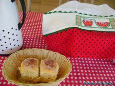 Aroma Mineiro : Pão Doce de Milho da Josy - Vi esta receita no blog Cozinhando com Josy e como adoro fazer pães, resolvi testar. É um pão macio, saboroso e pouco doce; excelente para comer com manteiga ou geleia.