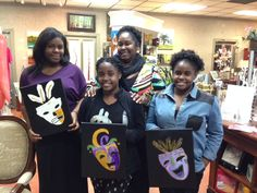 At CSGBR's 'Cokes and Canvas' 10 young adults affected by cancer had the opportunity to paint their own Mardi Gras-themed picture, enjoy some lunch and hangout with their Cancer Services friends.