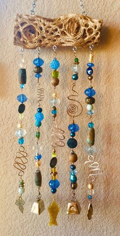 Wooden Wind Chimes, Wind Chimes Craft, Driftwood Crafts, Wire Crafts, Sea Glass Crafts, Bracelet Crafts, Boho Diy, Beads And Wire, Wire Art