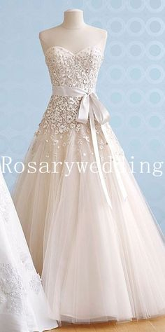 Gogerous strapless sweetheart organza wedding dress with movable belt. $246.00, via Etsy.    Can I buy my wedding dress now?