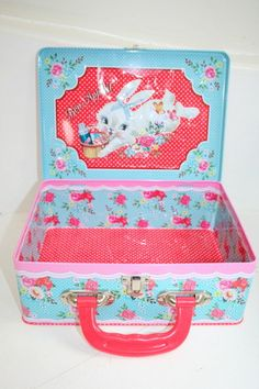 Dumpling Dynasty by Fiona Hewitt little deer lunch box