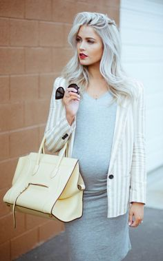 Love the striped blazer over a fitted #maternitydress #stylishmaternity #workwear