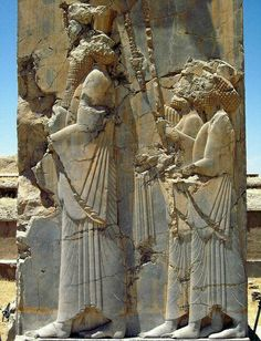 Another beautiful image of Persepolis, Iran. Although Marjane describes the terrors and brutality of her home, she comes to love it and appreciate the beauty that it holds. Ancient Ruins, Ancient Artifacts, Ancient History, History Of Wine, Art History, Perse Antique, Teheran, Achaemenid, Ancient Persian
