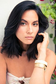 Olivia Munn is gorgeous - & I love her haircut!