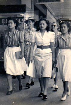 Mitsue & Patsy Deguchi Honolulu Hawaii 1940s