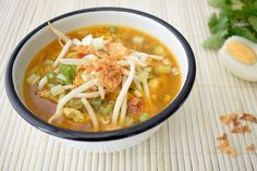 Asian Recipes, Ethnic Recipes, Thai Red Curry, Ramen, Chinese, Lunch, Foodies, Eat Lunch, Lunches