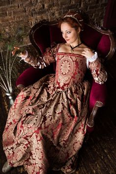 Red and Gold Renaissance Dress, One of a Kind Renaissance Gown Renaissance Wedding Dresses, Renaissance Gown, Renaissance Fashion, Tudor Fashion, Renaissance Clothing, Female Fashion, Historical Costume, Historical Clothing, Madonna