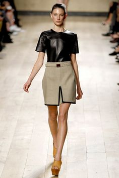 CELINE leather t