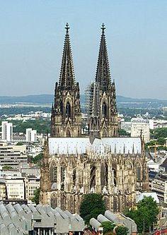 Kölner Dom --  http://images.google.de/imgres?imgurl=https://upload.wikimedia.org/wikipedia/commons/0/07/K%25C3%25B6lner_Dom_um_1900.jpg&imgrefurl=https://de.wikipedia.org/wiki/K%25C3%25B6lner_Dom&h=2656&w=3519&tbnid=3a1jBqxwEIgDUM:&tbnh=91&tbnw=121&docid=KhT26PRGjfOkSM&usg=__KDxxz3W4XNsksEZ8vce03-MrFEE=&sa=X&ved=0ahUKEwjA2um2jevNAhWHPxQKHRuSChYQ9QEIiwEwBg