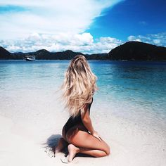 "848 kedvelés, 17 hozzászólás – Travel   Youth   Adventure (@youthgoals) Instagram-hozzászólása: """"We must let go of the life we have planned, so as to accept the one that is waiting for us."" -…"""