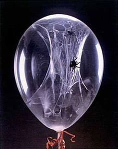 DIY Awesome Spiderweb Balloons #DIY #spider #web #balloons