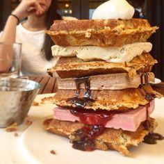 Brunch mind blown #glutenfree #waffle #icecream #tower #nationalwaffleday #yget #catchnyc #catchroof #nyceats #EMMEATS //  @bffeats