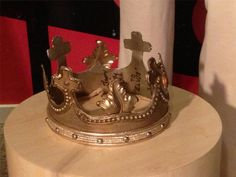Crown that was given to Elvis at the end of the  Aloha From Hawaii worldwide satellite broadcast  on January 14, 1973.