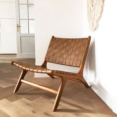 Dream Furniture, Home Furniture, Outdoor Furniture, Woven Chair, Apartment Renovation, Leather Lounge, Green Rooms, Formal Living Rooms, Minimalist Home