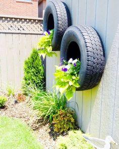 Além de deixar o lar mais belo e charmoso, jardins suspensos são uma ótima opção para locais com pouco espaço. Confira dicas e inspirações para fazer o seu.