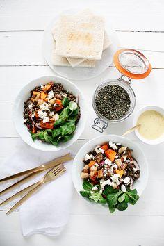 Salade de lentilles aux poires, courges rôties et vinaigrette au curry