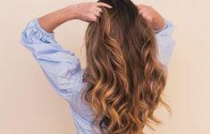 Πώς να φαίνεσαι νεότερη – Κατάλληλο μακιγιάζ και σπιτικές μάσκες αντιγήρανσης | Μυστικά ομορφιάς | mystikaomorfias.gr Hot Hair Colors, Brown Hair Colors, Cool Hair Color, New Hair Color Trends, Hair Trends, Low Maintenance Hair, Fresh Hair, Balayage Highlights, Fall Hair