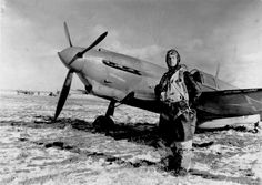 Pilot 249 th Fighter Wing AM  Kulagin on the background of the fighter LaGG-3 66th Series