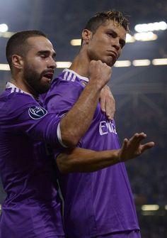 Carvajal & Cristiano Ronaldo calma Real Madrid Champions League 12 duodecima Cardiff 2017