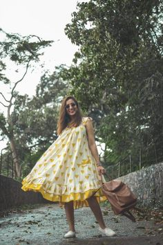 Simple Frocks, Casual Frocks, Casual Dress Outfits, Fashion Outfits, Simple Frock Design, Indian Frocks, One Piece Gown, Mood Designer Fabrics, Western Dresses