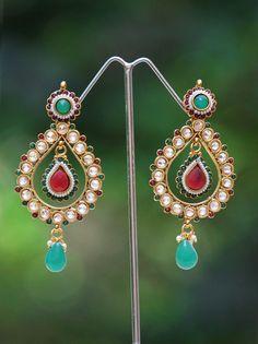 Stunning Polki and Pearl Earrings   India1001.com