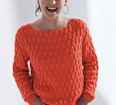 Voici un modèle de pull que vous allez adorer porter cet été. Un pull sensuelle tricoté en 'decoration:underline;color:#6B7785;> Phil Noé ' coloris pastèque au point fantaisie, côtes 1/1 et maille serrée.Modèle n007 du mini-catalogue N°606 : Tricot d'été Printemps/été 2016