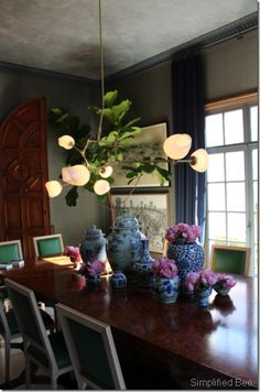 #Dining room with custom #burled #wood #table. Designed by @Grant K. Gibson for the SF Decorator Showcase 2011.