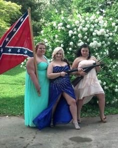 Prom night for the Dickey girls in Sweet Home Alabama.