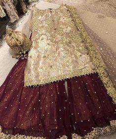 Fashion Tips Bags Pakistani bridal Pakistani Fancy Dresses, Beautiful Pakistani Dresses, Asian Bridal Dresses, Pakistani Wedding Outfits, Indian Bridal Outfits, Pakistani Bridal Dresses, Pakistani Wedding Dresses, Pakistani Dress Design, Pakistani Mehndi Dress
