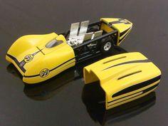 Hot Wheels 2015 E Case Mooneyes Custom 77 Dodge Van Hot
