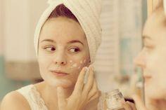 Is the Diaper Cream Acne Treatment Legit? Beauty Tips For Glowing Skin, Beauty Skin, Best Beauty Tips, Beauty Hacks, Beauty Trends, Makeup Jobs, Rash Cream, Peeling, Face Skin Care