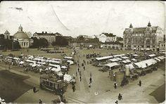 Turku Kauppatori perhaps around 1920?