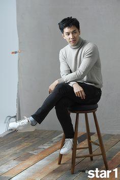 Lee Seung Gi In December @Star1 Lee Seung Gi, Korean Star, Korean Men, Korean Wave, Asian Actors, Korean Actors, Korean Idols, Korean Dramas, Marie Claire