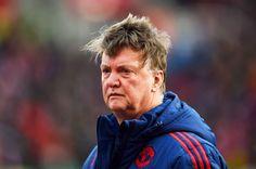 Bao giờ M.U sa thải Van Gaal?