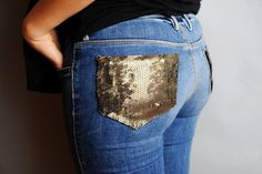DIY Sequin Pocket Jeans fashion style fall fashion sequin diy fashion fashion and style autumn fashion ideas pocket jeans Diy Jeans, Jeans Denim, Jeans Refashion, Diy Destroyed Jeans, Diy Clothes Accessories, Kleidung Design, Sequin Jeans, Diy Fashion Projects, Fashion Ideas