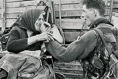 Брутално понижавање: Хрватски војник мучио старицу током Олује, вукао је за нос и косу! - http://www.vaseljenska.com/wp-content/uploads/2017/08/1258121_244210-4-ff_ff.jpg  - http://www.vaseljenska.com/vesti-dana/brutalno-ponizavanje-hrvatski-vojnik-mucio-staricu-tokom-oluje-vukao-je-za-nos-kosu/