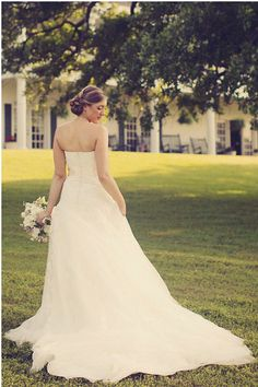 bride rustic chic wedding ideas