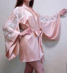 """Халаты ручной работы. Ярмарка Мастеров - ручная работа. Купить Халат кимоно из натурального шелка """"Adele"""". Handmade. Бледно-розовый"""