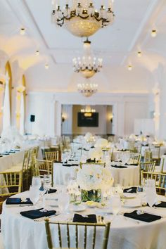 Black Gold and White Reception Decor | photography by http://www.milouandolin.com