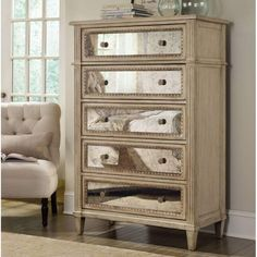 Hooker Furniture Malou 5 Drawer Chest