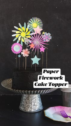 Birthday Cake Toppers, Wedding Cake Toppers, Fireworks Cake, Do It Yourself Baby, Festa Party, Paper Crafts, Diy Crafts, Scrapbooking, Let Them Eat Cake