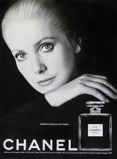 Catherine Deneuve, Chanel N°5.