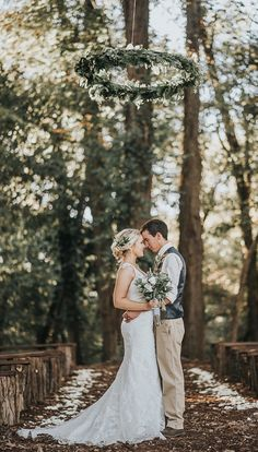 Creating a rustic botanical feel is exactly what this couple did for theirbeautiful outdoor wedding. | A Beautiful Rustic Botanical Wedding | Kate Aspen