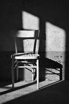 La sedia vuota - rebstein.wordpress.com