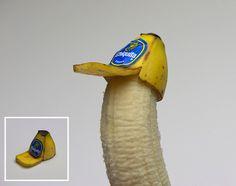 Kunstenaar Brock Davis had last van chagrijnige kinderen aan de ontbijttafel. Daarom besloot hij de boel op te vrolijken door deze banaan met truckerspet te maken