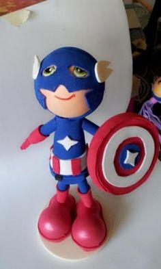 Capitán América en goma eva.