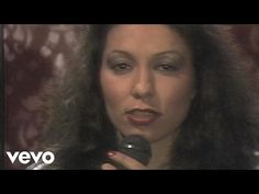 Jennifer Rush - Come Give Me Your Hand (WWF-Club 25.11.1983) (VOD) - YouTube Mona Lisa, Give It To Me, Songs, Club, Youtube, Engagement Rings, Diamond, Box, Glass