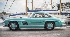 Mercedes-Benz 300 SL Flügeltürer https://www.classicdriver.com/de/article/autos/dieser-mercedes-benz-300-sl-fluegeltuerer-ist-ein-wahrer-paradiesvogel-aquamarin?utm_medium=email